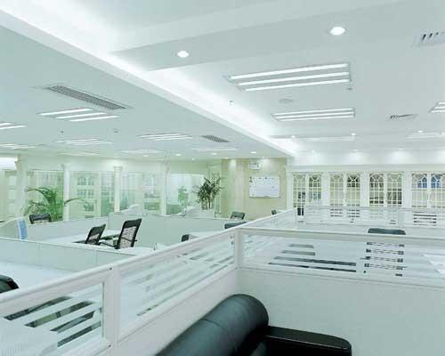 设计挑战:  1,复式带中空的欧式风格办公空间设计