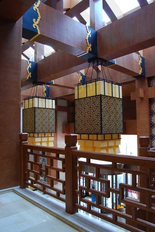 民俗顾问:王晓勍(土家族),李国浩(苗族) 设计单位:湖南中诚设计装饰