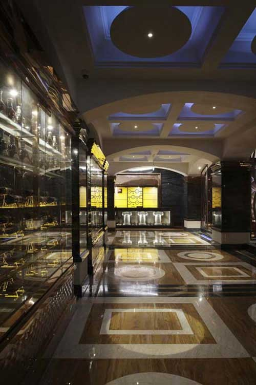 餐饮,宴会空间: 1),位于南楼,一层的西餐咖啡厅,通过对石材的切割后图片