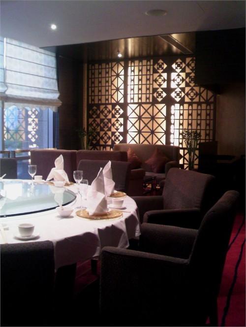 呈轴对称逐层深入的空间,蕴含了北京皇家建筑空间的气派.图片