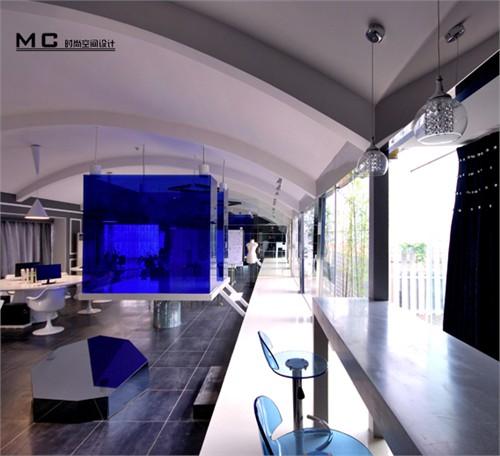 服装设计工作室的办公空间设计