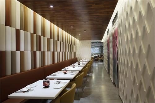 餐厅包管子墙面木工造型