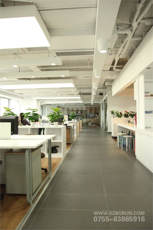 """该办公室装修设计项目位于深圳市福田区车公庙""""万轩国际大厦""""七楼,mo图片"""