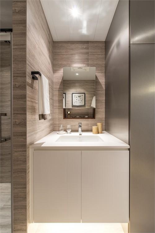 木桶浴室气氛图