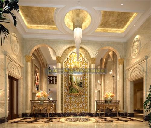 挑高欧式别墅客厅