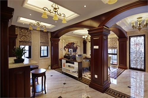 业主喜欢古典风格,再配以古典风格的欧式家具