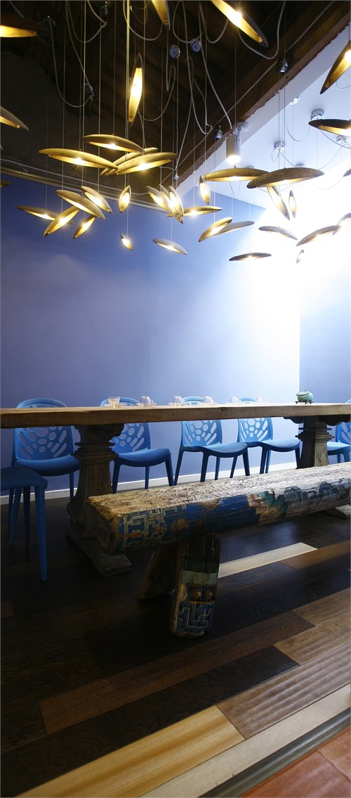 幼儿园荷花与青蛙主题墙面装饰