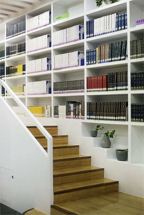 社会转型的变化——图书馆更像是一个人们集会的地点