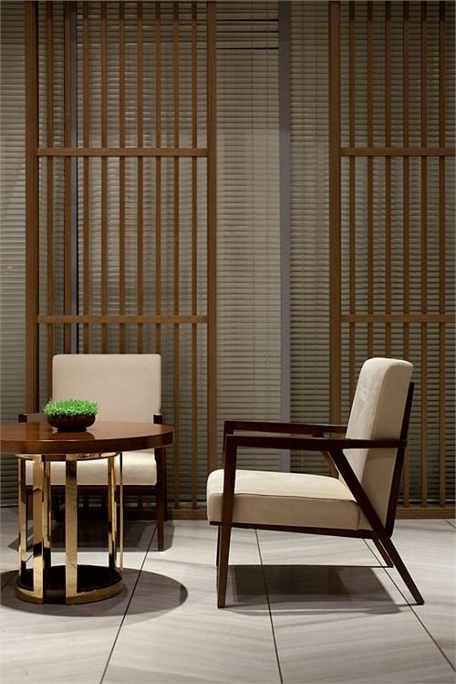 将室内设计主色调选用了岭南风格