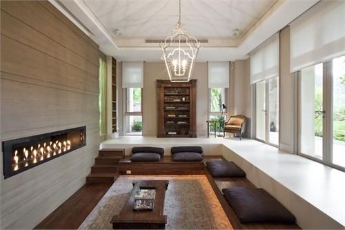 阳台空间,」曾旅居法国的建筑师高弘树说:「在虚实之间,室内室外某个图片