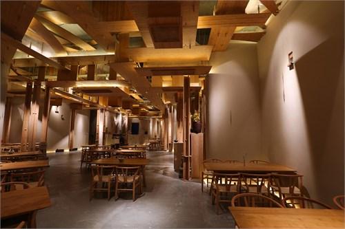 二者:结构 中国传统的土木精神真正的反应到视觉本质,其实始终是靠