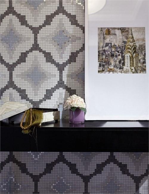 具有古典韵味的灰白色现代时尚餐椅 -后现代古典主义